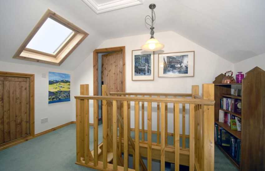 Holiday cottage Solva - first floor landing
