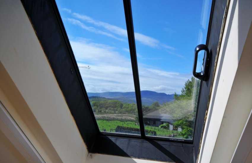 Snowdonia holiday cottage  - window