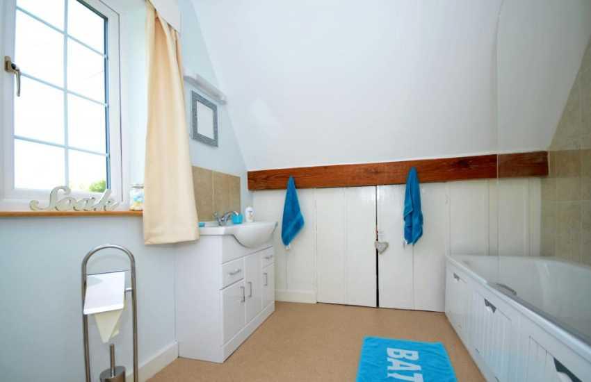 Woodland retreat North Wales  - bathroom