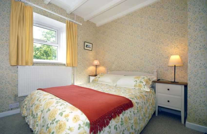 North Pembrokeshire holiday cottage sleeping 4 - double