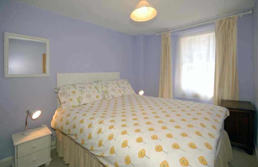 South Pembrokeshire coastal holiday home - 2nd floor double