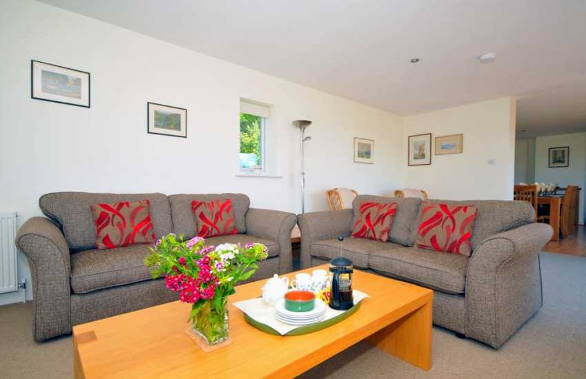Luxury coast cottage Wales - lounge