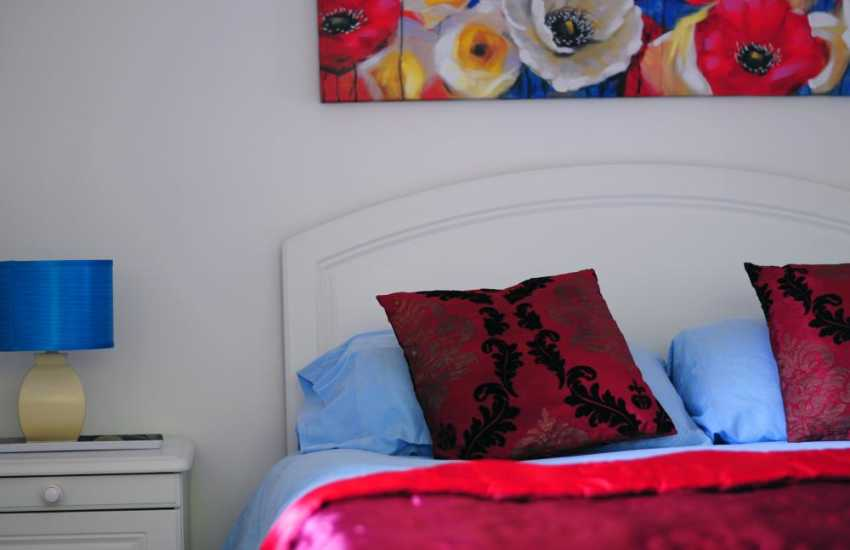 Harlech holiday cottage - double bedroom