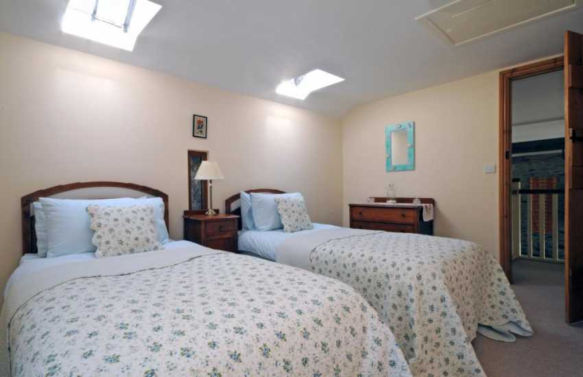 Holiday Wales - twin bedroom on first floor