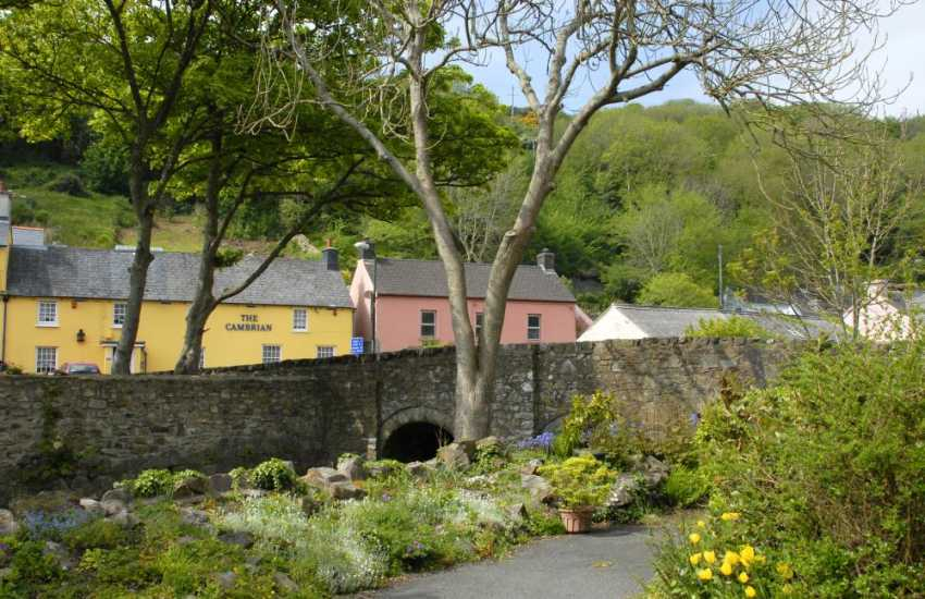 Solva is a pretty little harbour village with a variety of pubs, restaurants, art and craft shops in which to browse