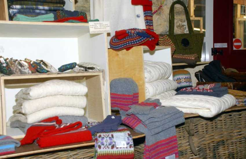 Solva Wollen Mill has a lovely range of woollen goods and specialises in flat weave carpets, floor rugs and striking stair runners. Rugs for Llwynywormwood, Prince Charles Welsh residence, were made here