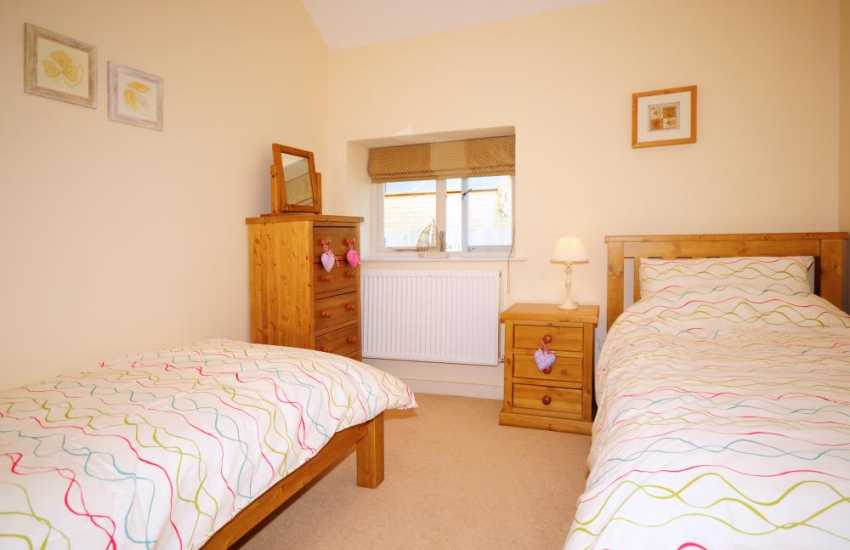 Twin bedroom in luxury holiday cottage Anglesey