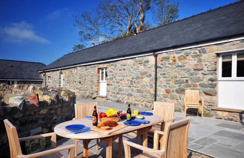 Anglesey holiday cottage close to Newborough beach