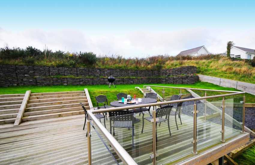Porthdinllaen holiday cottage - garden