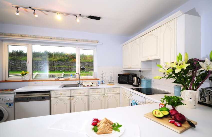 Luxury north Wales holiday cottage - kitchen