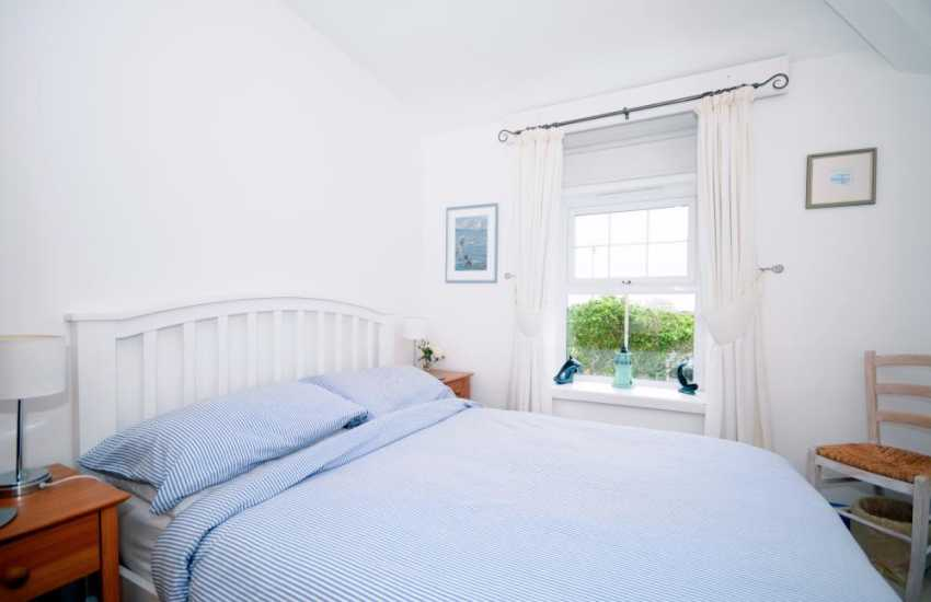 Cottage on the coast north Wales - bedroom