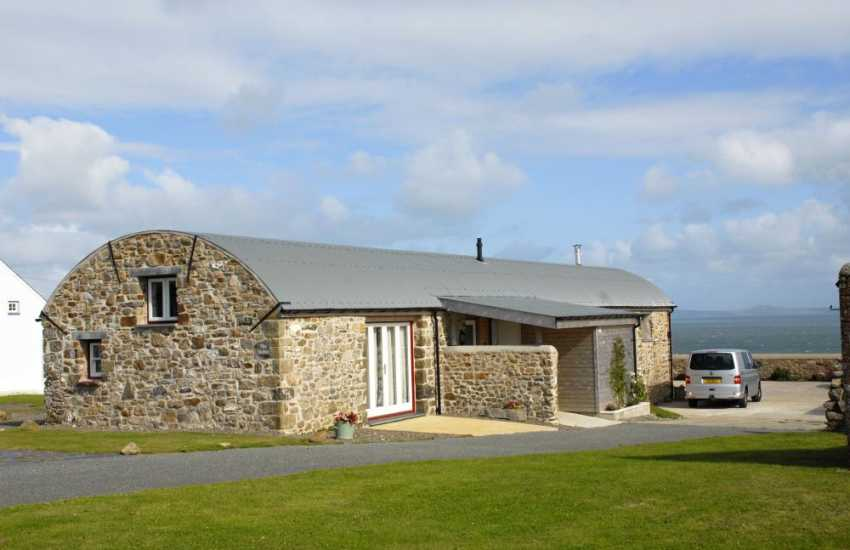 Pembrokeshire holiday home with gardens and sea views - dogs welcome