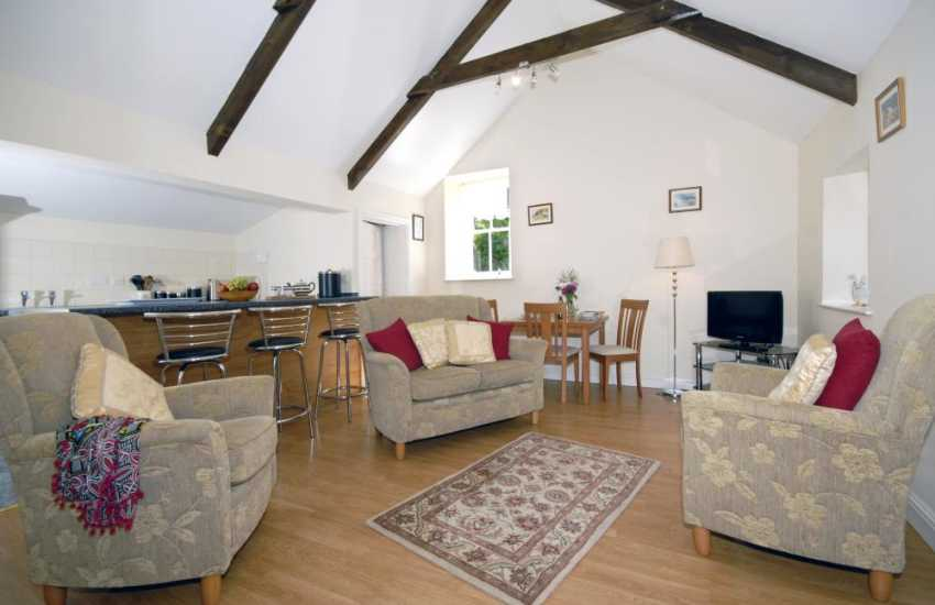 Pembrokeshire holiday home - comfortable open plan sitting room