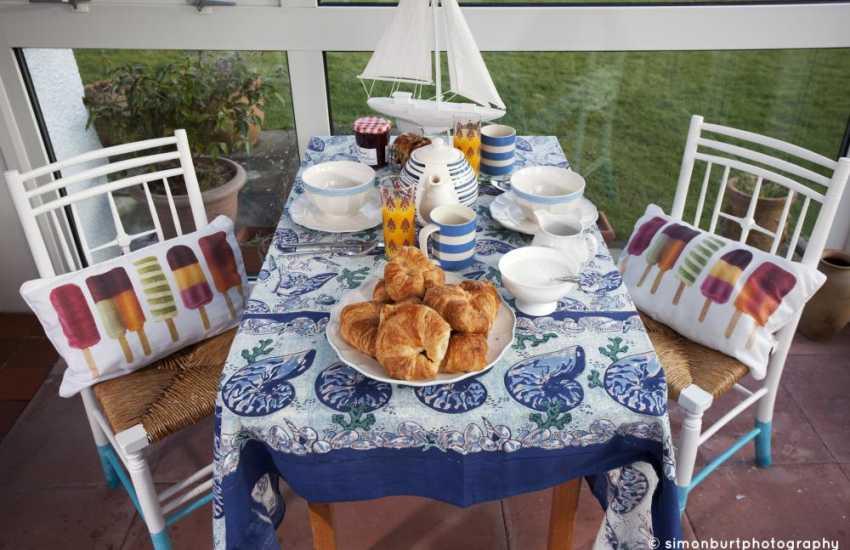 Morfa Nefyn holiday cottage sunroom