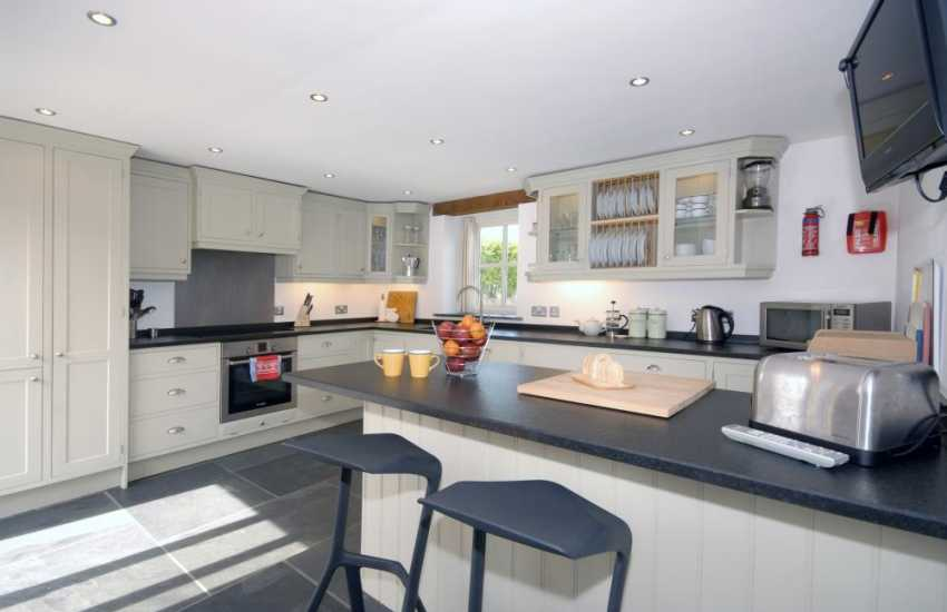 North Pembrokeshire self-catering holiday home - contemporary kitchen
