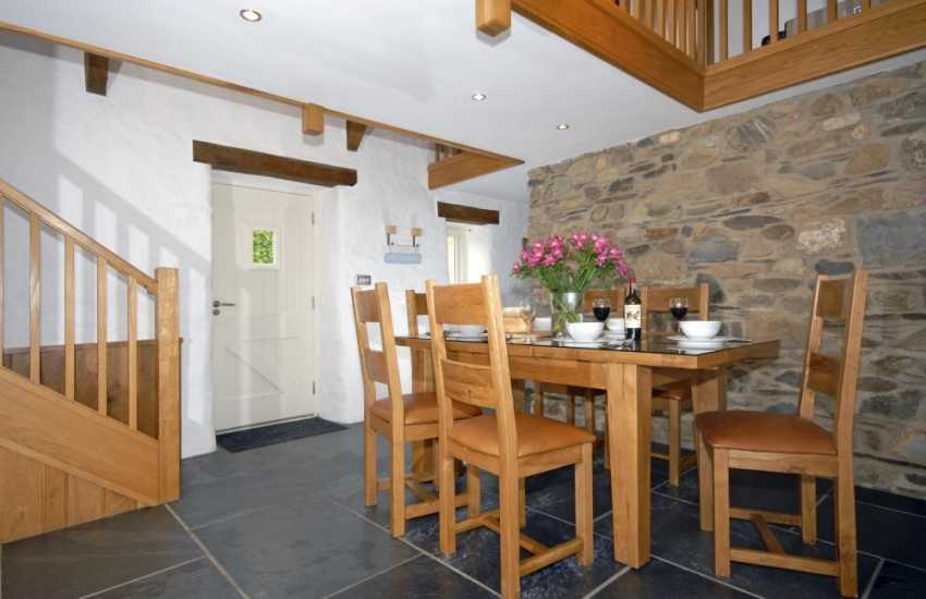Coastal cottage near Porthgain - galleried dining area