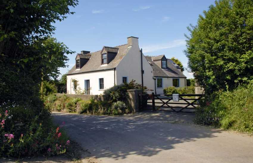 North Pembrokeshire Coast holiday cottage - pets welcome