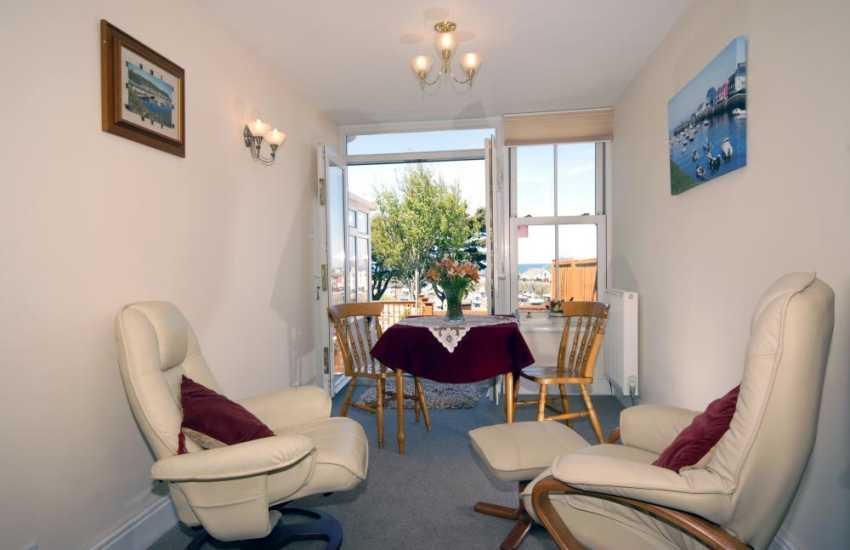Wales Aberystwyth holiday cottage - snug area off the sitting room
