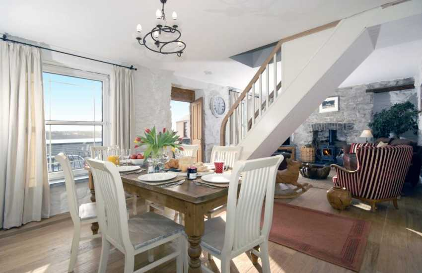 Cottage on the Pembrokeshire Coast Path with open plan living space
