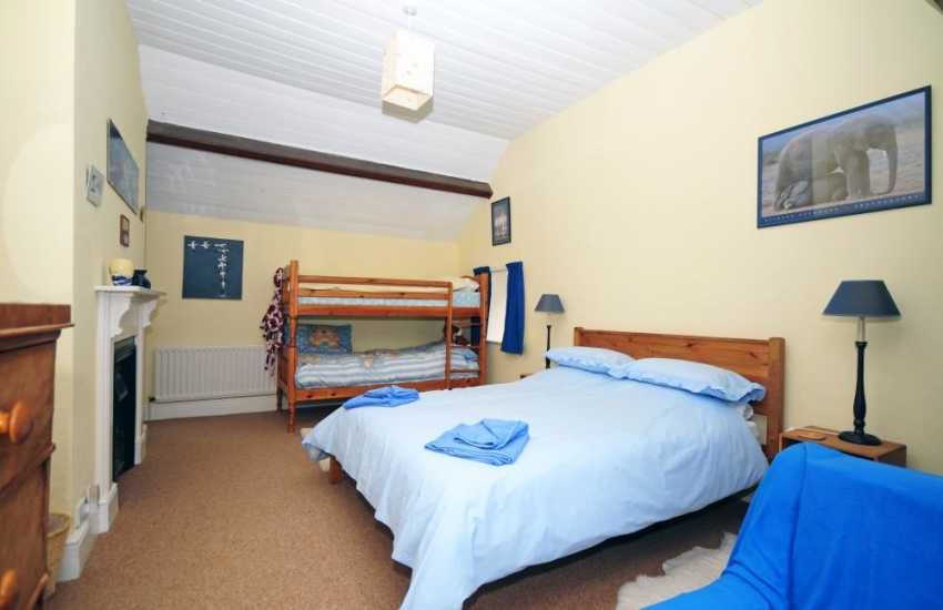 Large holiday cottage Llanidloes - bedroom