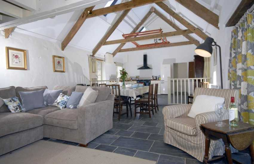 North Pembrokeshire coast converted barn with open plan kitchen/diner/lounge
