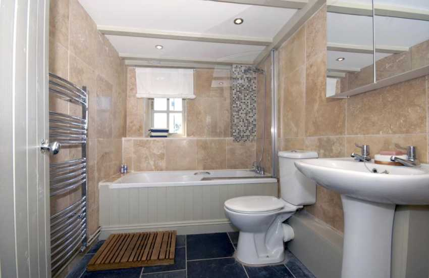 Pembrokeshire coastal holiday home - ground floor family bathroom