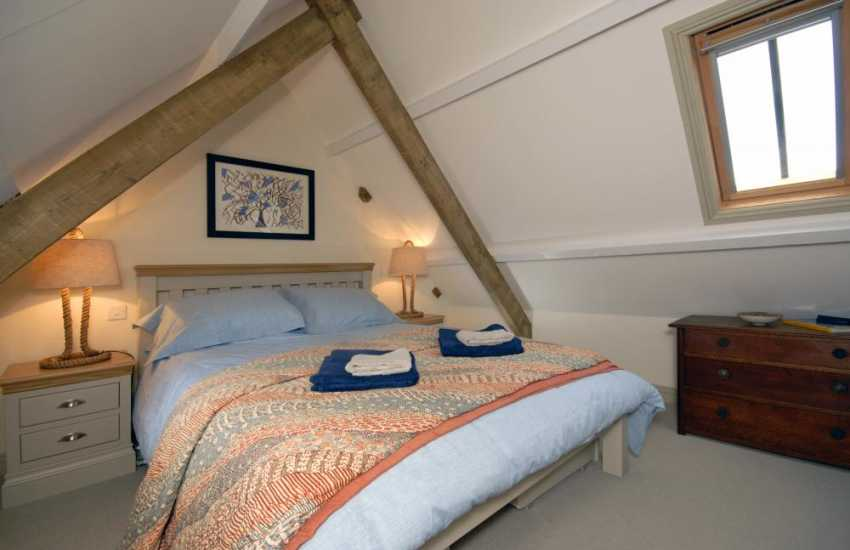 Marloes Sands holiday house - master double bedroom
