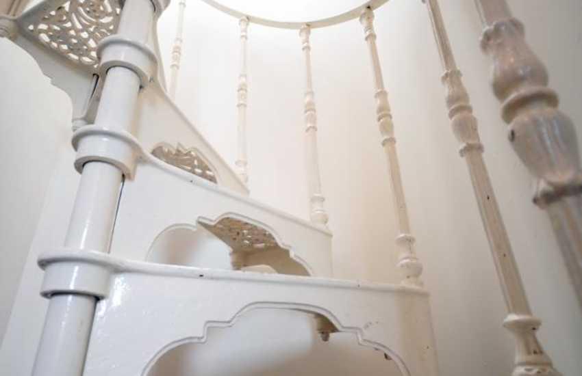 Anglesey cottage, Menai Bridge - spiral staircase