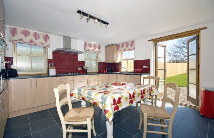 Wales Druidston Sands self-catering holiday cottage - luxury fitted kitchen