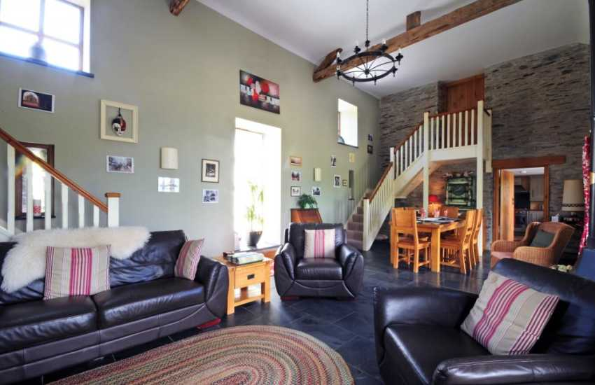 Spacious-lounge in fabulous Mid-Wales holiday cottage