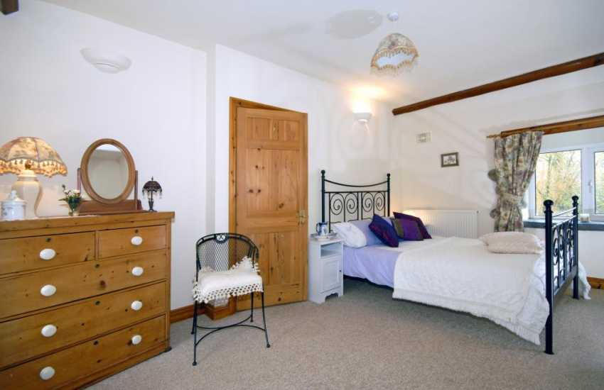 North Pembrokeshire holiday cottage - double bedroom with countryside views