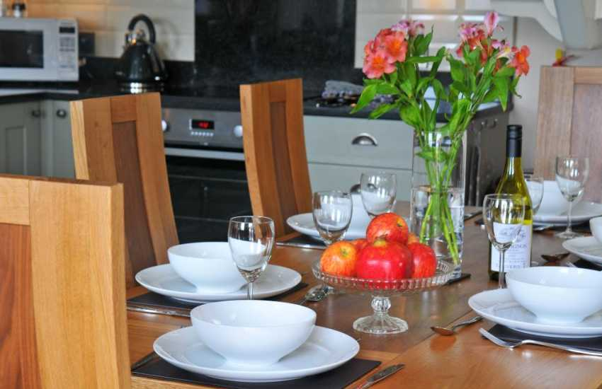 Aberystwyth luxury cottage - dining area