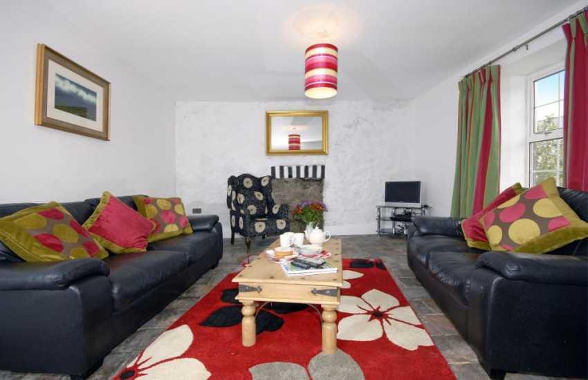 Traditional Pembrokeshire farmhouse near the coast - spacious lounge