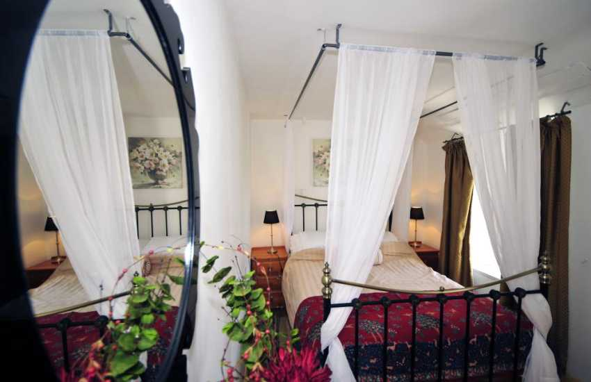North Wales holiday cottage - double bedroom