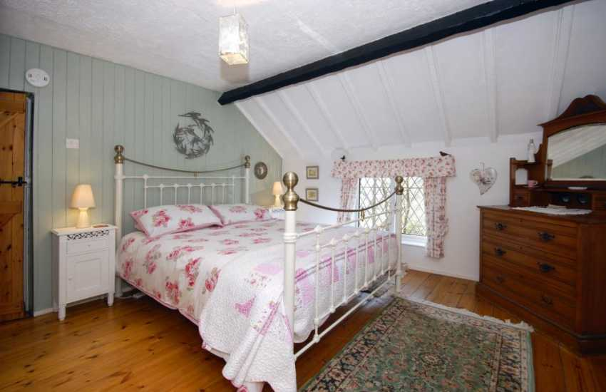 Holiday cottage near Solva - master bedroom