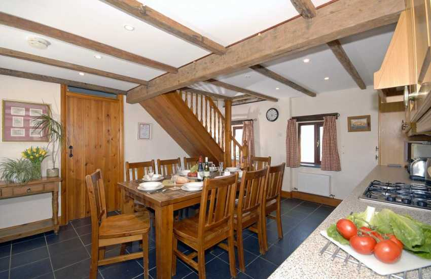 Self catering Pembrokeshire - modern kitchen/diner