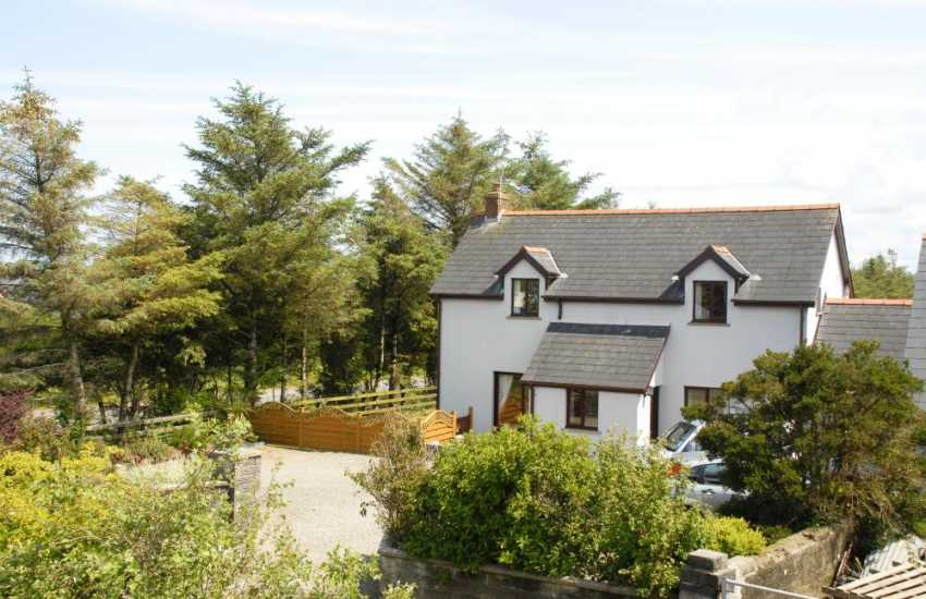 North Pembrokeshire holiday cottage near Trefin