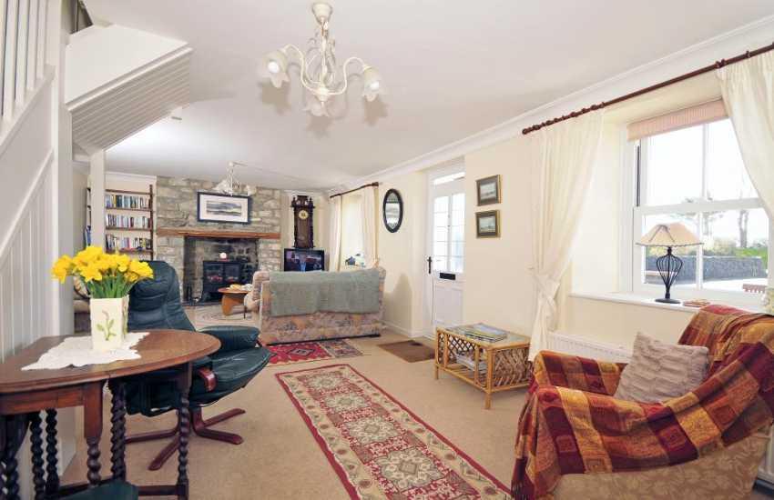 Llangrannog holiday cottage - lounge