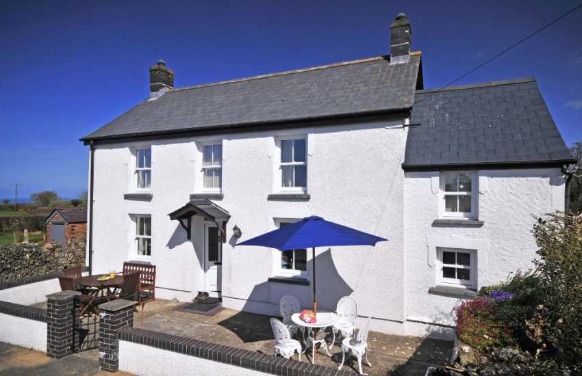 Teifi valley self catering cottage - exterior