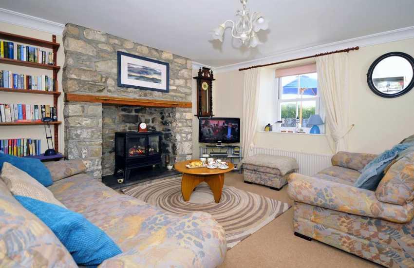Coastal holiday cottage Wales - lounge