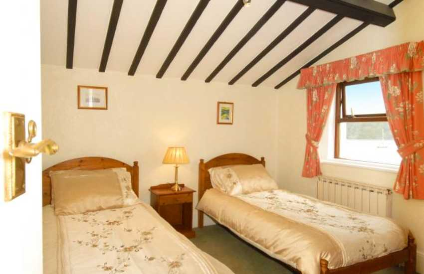 Pembrokeshire holiday home sleeps 7 - twin with river views