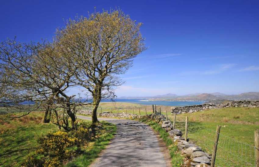 Romantic retreat Wales - lane