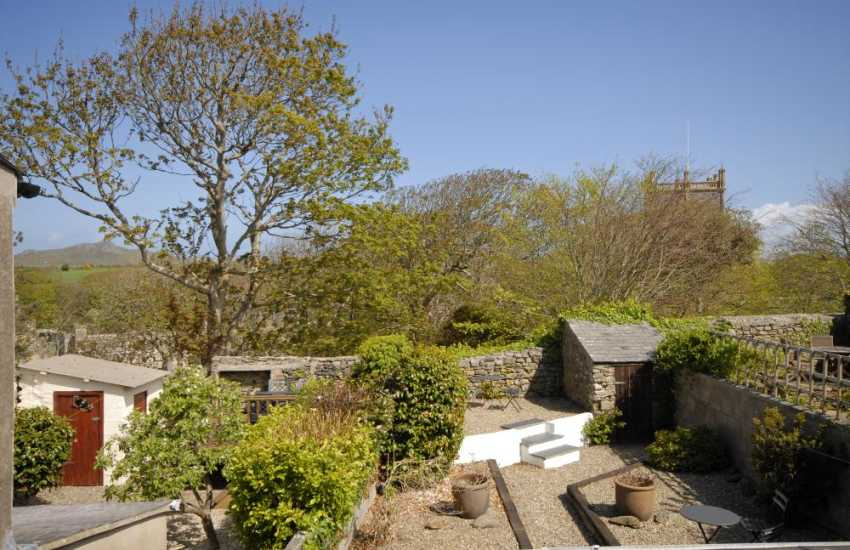 St Davids holiday home with views to the cathedral