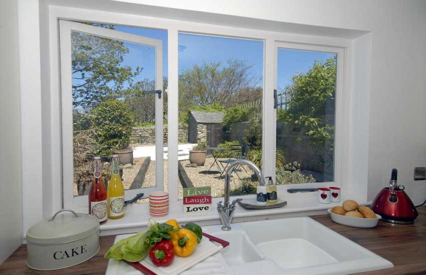 Self catering holiday cottage St Davids - kitchen with garden views