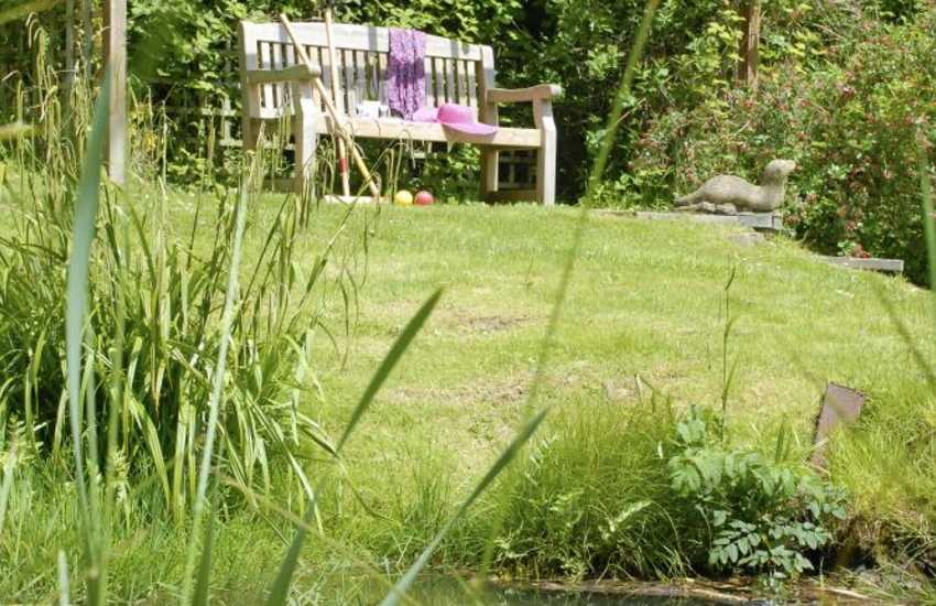 Holiday home near Tenby with large gardens - pets welcome