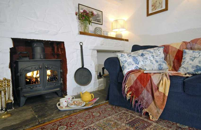 Period cottage near St Davids with log burner