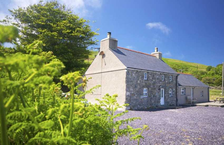 Lleyn Peninsula holiday cottage - exterior