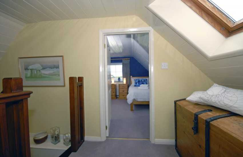 Large Porthgain holiday house for 10 - second floor landing