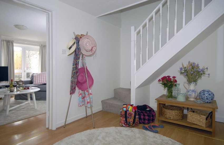 South Pembrokeshire family holiday cottage - spacious entrance hall