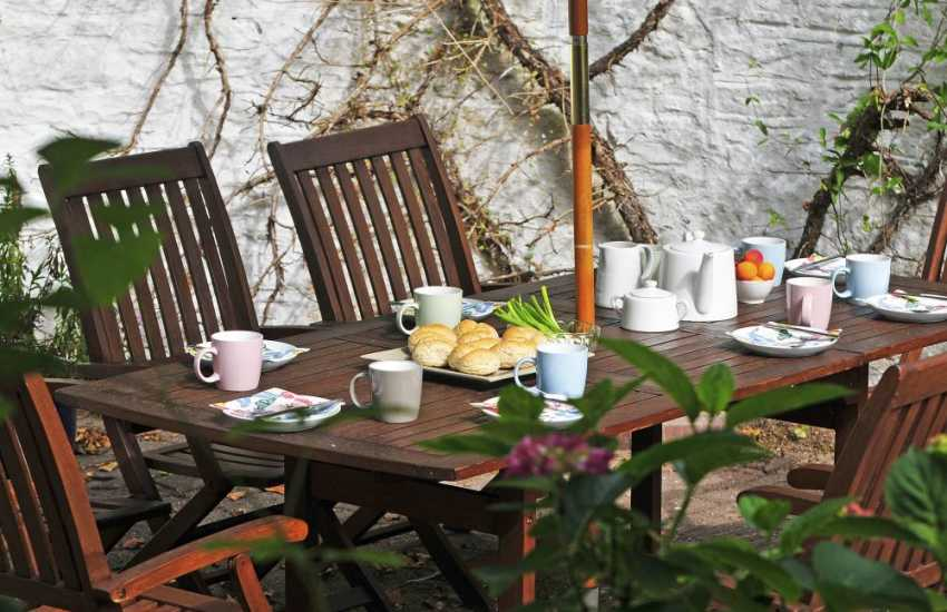 Abergavenny, the gateway to Wales - patio